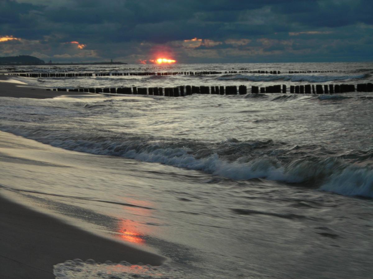 Wzburzone morze.