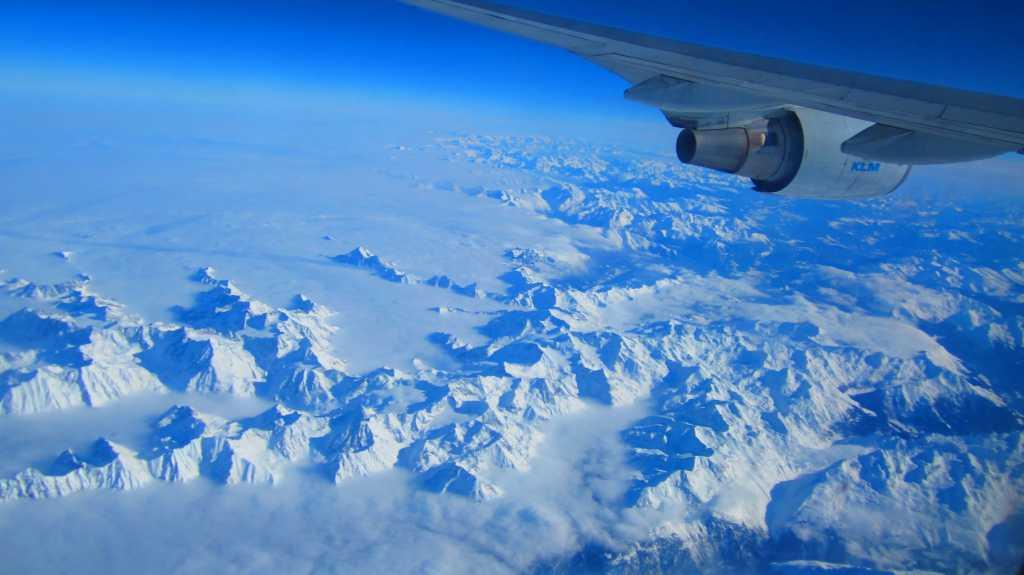 Mal über den Alpen Richtung Kenia...