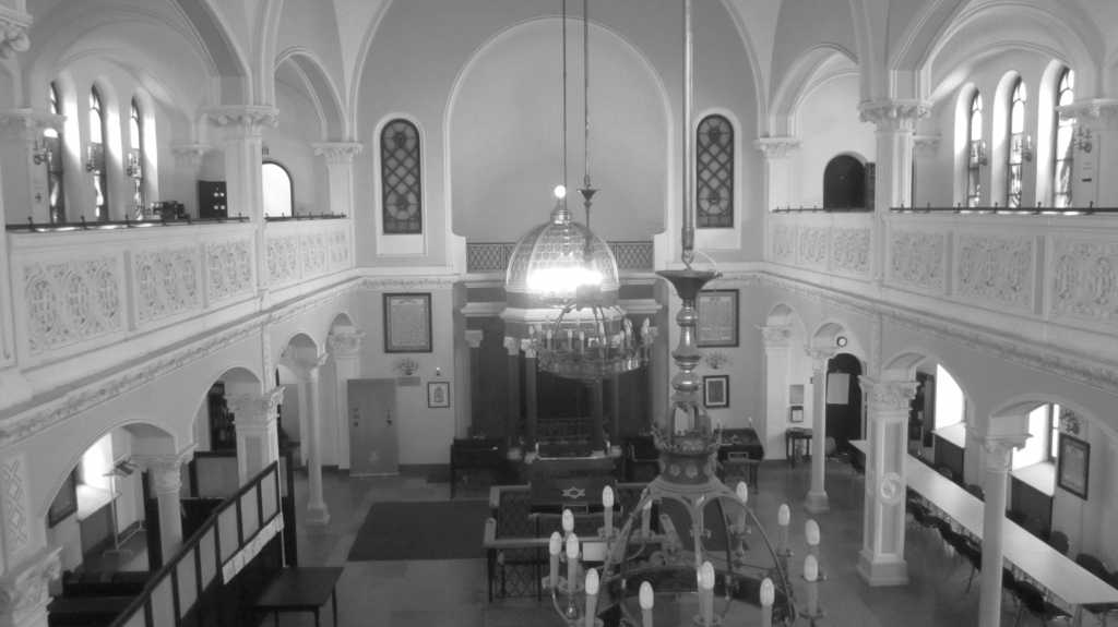 Nożyk Synagogue, Warsaw.
