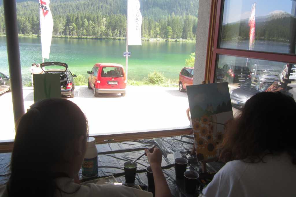 Wir malen mit dem Blick zum See.
